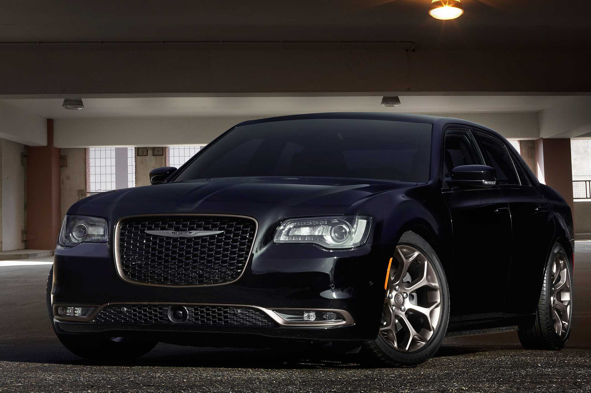 Chrysler 300 Is Planning to Adopt Pacifica Architecture With Next Gen Version