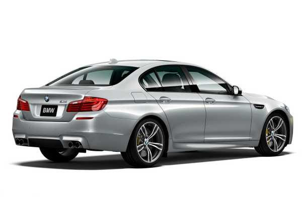 2016 BMW M5 Pure Metal Silver Limited Edition rear
