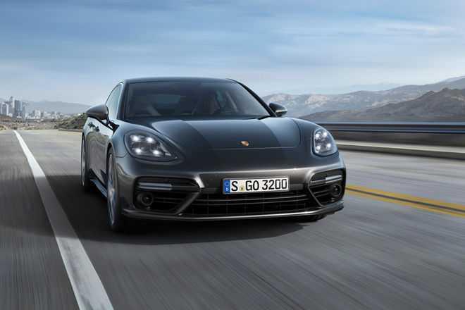 Porsche Panamera Hybrid to Produce More Than 700 Bhp