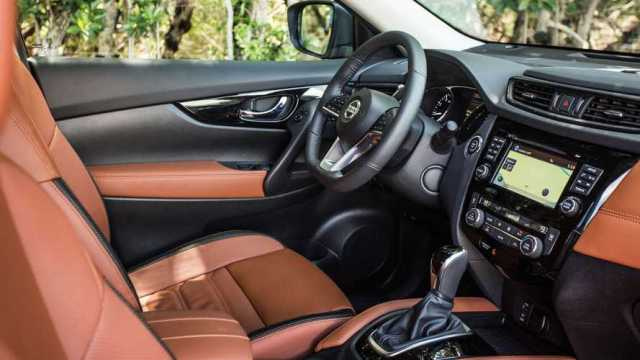 2017 Nissan Rogue Hybrid Interiors