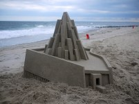Mind-blowing-Geometric-Sandcastles-by-Calvin-Seibert-7