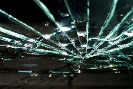 accident-broken-glass