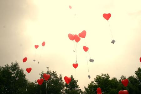 heart-shape-balloon-romance Photo credit: dieraecherin from morguefile.com