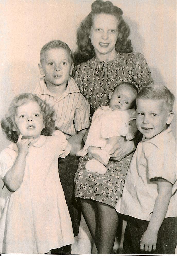 Carol, Sid, Mama, Robert and Terry