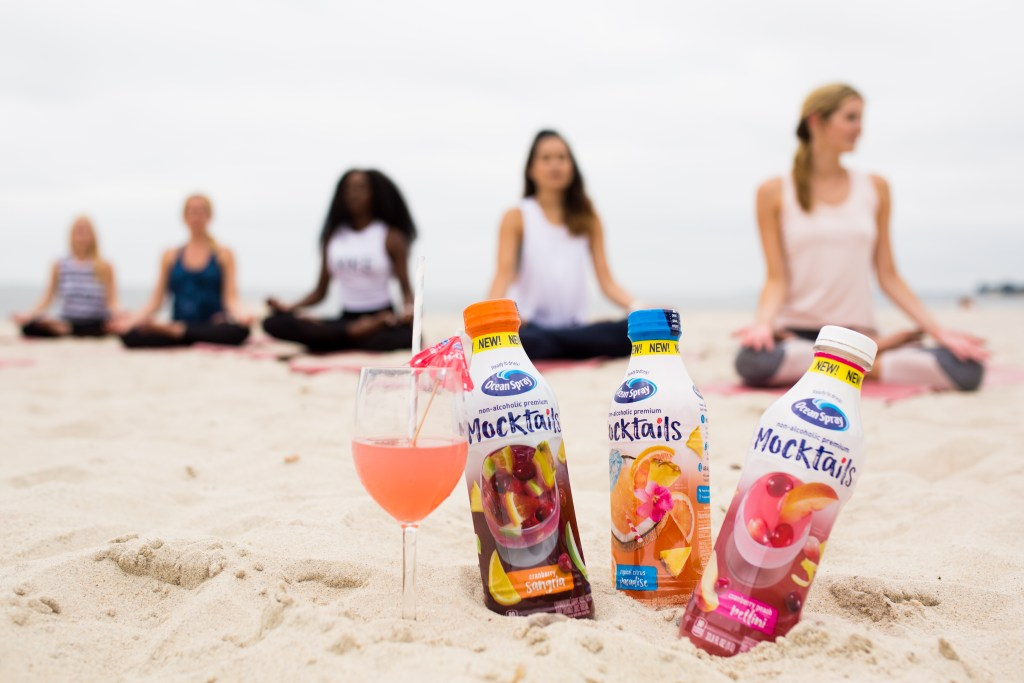 BEACH YOGA + OCEAN SPRAY