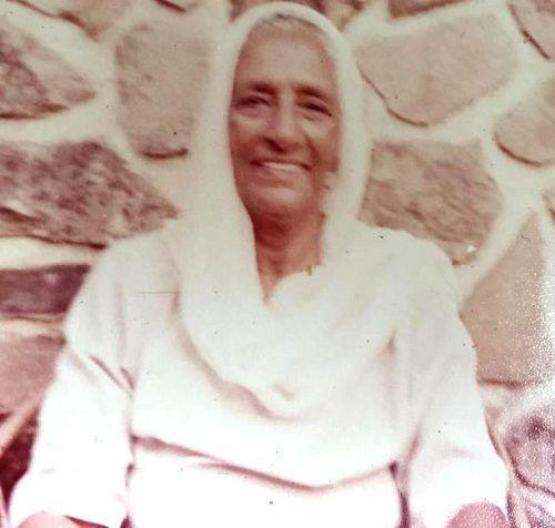 Balwant Kaur Randhawa (Dara Singh Mother)