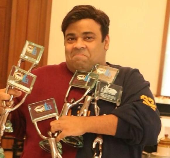 Kiku sharda with his awards