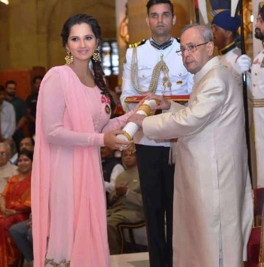Sania Mirza Receiving Padma Bhushan