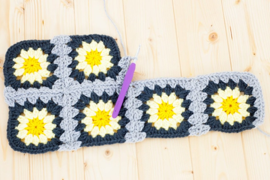 Granny Squares How To Join As You Go You Should Craft