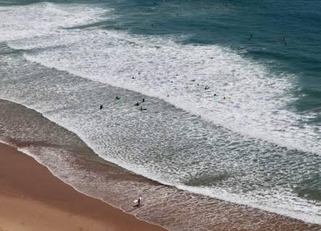 Praia Arrifana waves and beach