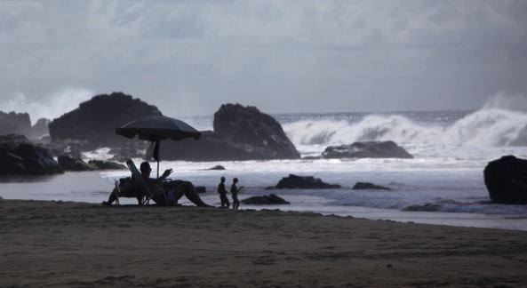 Praia Conceição Fernando de Noronha relaxing