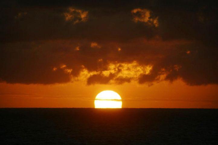 Jose Ignacio Playa Mansa sun horizon