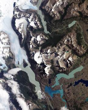 Torres del Paine national park mao