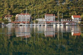 Mljet harbor reflections