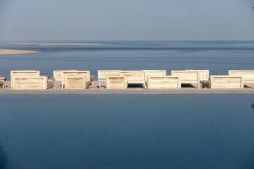 La Coorniche pool at dawn
