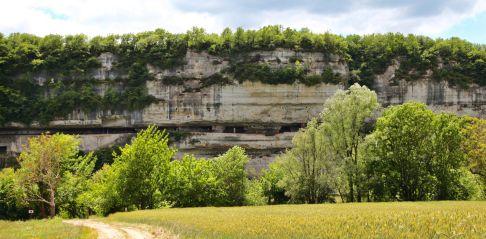 La Roque Saint-Christophe cliff