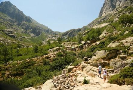 Lac de Melu steep trail