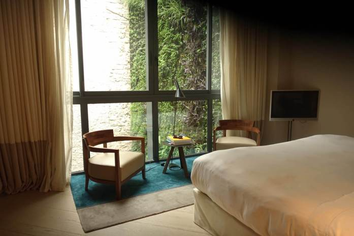 The Mercer Barcelona bedroom