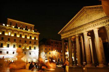 Piazza della Rotonda at night