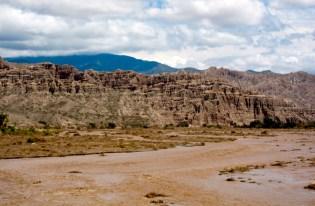 Ruta 40 Salta Argentina Río Calchaquí