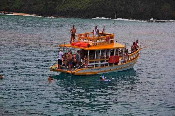 FERNANDO DE NORONHA charter boat