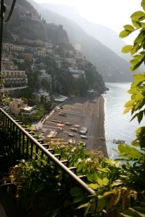 View of the spiaggia from Albergo Miramare