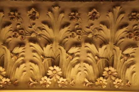 El Palauet Living ceiling detail