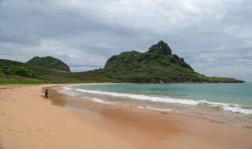 Praia do Sueste mountain