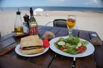 Posada del Faro beach lunch
