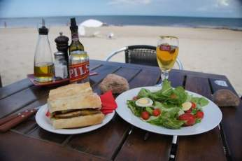 Posada del Faro beach lunch