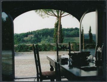 Villa Cerretello dining room view