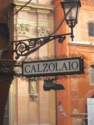 Bologna shoe sign