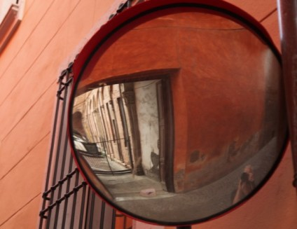 Bologna mirror image