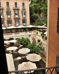 Hotel del Russie suite view