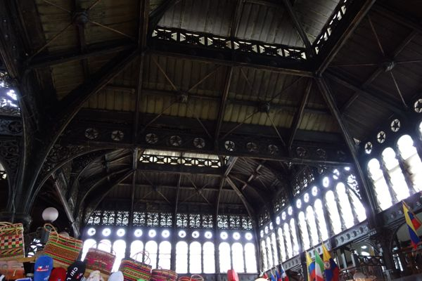 Santiago El Mercado Centrale ceiling windows