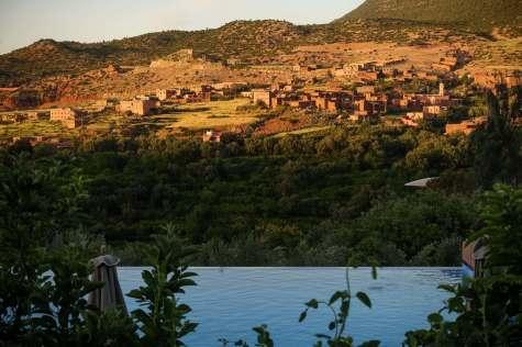 Kasbah Tamadot pool sunset view
