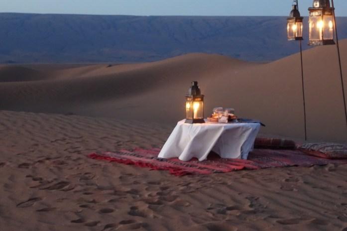Dar Ahlam Tent Camp sunset cocktails lamp