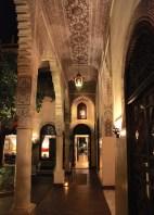La Villa des Orangers columns at night