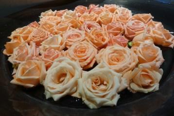 Villa des Orangers pink roses