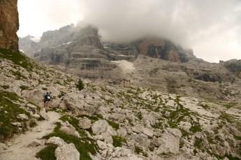 Trekking up to the Tuckett rifugio