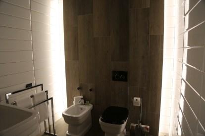 The Yard Milano Face Off Suite bathroom