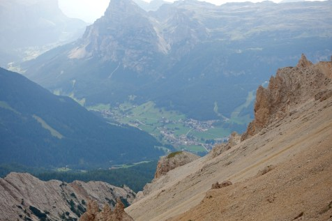 Forcela del Medesac pass trail view