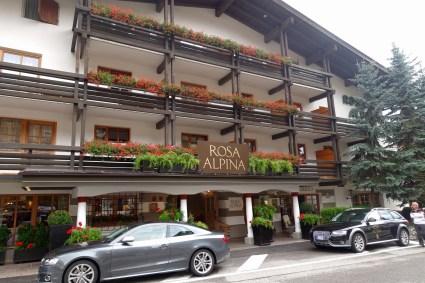 Hotel Rosa Alpina entrance left