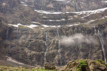 Cirque de Gavarnie many waterfalls