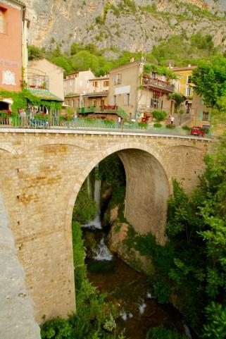Moustiers bridge