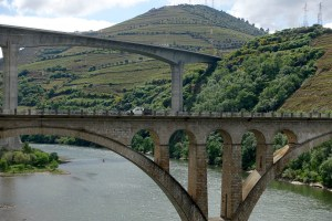 Regua bridges