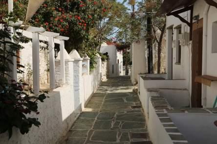Chora Folegandros walking street