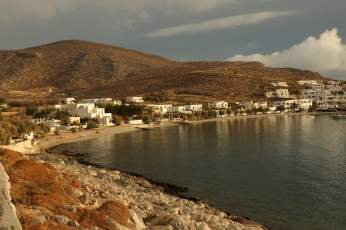 Karavostasi Folegandros harbor
