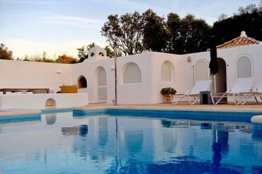 Casa Arte pool