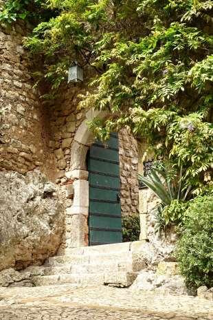 Obidos castle green doorway